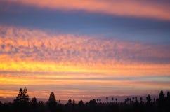 彩虹颜色日出在圣何塞,加利福尼亚 免版税图库摄影