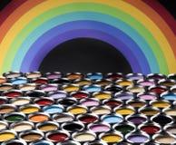 彩虹颜色,开放罐头油漆 库存图片