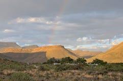 彩虹风景在南部非洲的干旱台地高原国家公园 库存图片