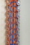 彩虹织布机玩具五颜六色的橡皮筋儿 图库摄影
