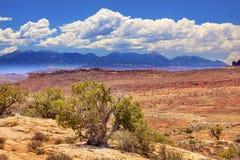 彩绘沙漠冰砾拱门国家公园默阿布犹他 免版税库存图片