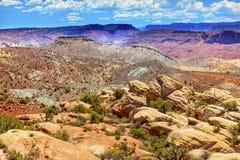 彩绘沙漠铁丘陵峡谷拱门国家公园默阿布犹他 库存照片