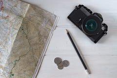 影片照相机和地图 库存照片