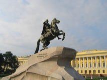 彼得大帝的古铜色御马者纪念碑在圣彼得堡 免版税库存照片