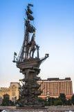 彼得大帝雕象祖拉布Tsereteli 莫斯科 库存照片
