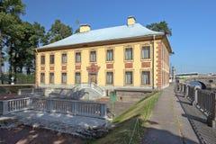 彼得大帝颐和园,圣彼得堡,俄罗斯 库存图片