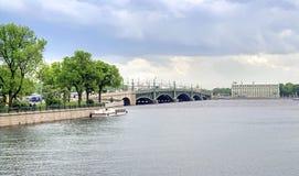 彼得斯堡圣徒 都市的横向 图库摄影