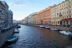 彼得斯堡堤防河moika 免版税库存图片