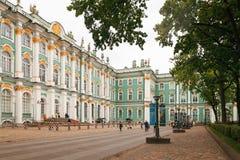 彼得斯堡,俄罗斯- 2017年6月30日:宫殿正方形 俄国 库存图片