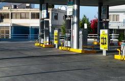 彼得罗利纳加油站在帕福斯市 免版税图库摄影