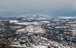彼得罗巴甫洛斯克Kamchatsky,俄罗斯冬天全景  库存图片