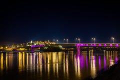 彼得罗瓦拉丁堡垒在晚上 库存照片