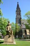 彼得&保罗大教堂和雕刻的小组Premysl & Libuse 免版税库存图片