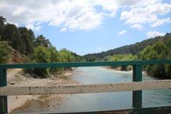 往马纳夫加特瀑布的河 免版税库存照片