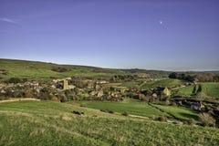往Abbotsbury的看法在英格兰西南的多西特 库存图片