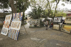 绘画待售在Embu das阿特斯 库存图片