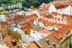 很多大厦在布拉格的中心 免版税库存照片