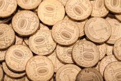 很多硬币背景 免版税库存照片