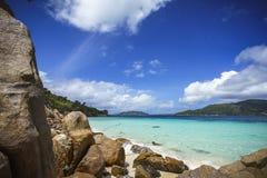 很多花岗岩在塞舌尔群岛10的海岸晃动 免版税库存照片