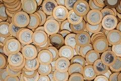 很多巴西人硬币 免版税库存图片