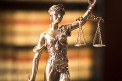 律师事务所法律雕象 免版税图库摄影
