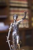 律师事务所法律雕象Themis 图库摄影