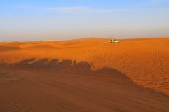 徒步旅行队阿拉伯联合酋长国 库存照片