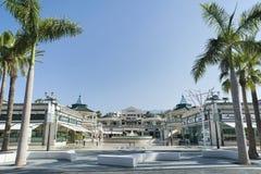 徒步旅行队购物中心,美洲日报,阿罗纳,特内里费岛,西班牙- 2017年4月12日 免版税库存图片