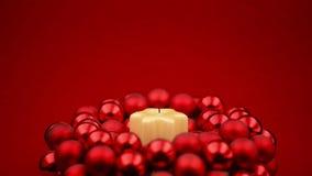 得到圣诞节蜡烛的圈点燃和盛开  股票视频