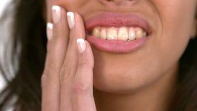 得到牙疼痛的偶然妇女 股票录像