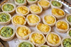 微型乳蛋饼 库存图片