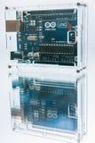 微型控制器Arduino Uno面包板处理器 免版税库存照片