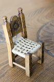 微型木手工制造椅子 库存图片
