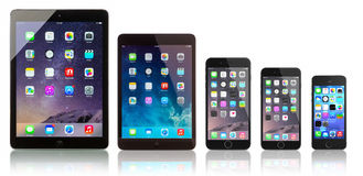 微型正IPad空气、的iPad, iPhone 6, iPhone 6和iPhone 5s 库存图片