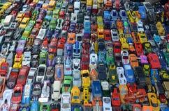 微型玩具汽车汇集星期天市场加利福尼亚U,S A 库存图片