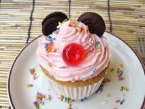 微型老鼠杯形蛋糕 免版税库存照片
