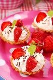 微型草莓果子馅饼 图库摄影