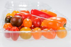微型菜混合用胡椒和西红柿 免版税库存照片