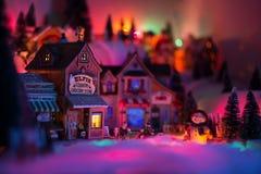 微型风景的假日概念在圣诞节时间的 免版税库存照片