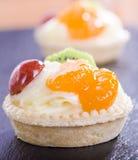 微型馅饼和果子 免版税图库摄影
