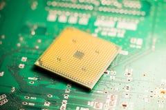 微处理器或cpu在电路板 库存照片