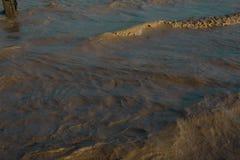微小的波浪在海 库存图片
