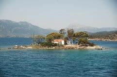 微小的海岛 免版税库存图片