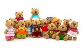 微小的被编织的熊 免版税库存照片