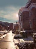 微明的小镇 库存照片