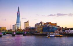 微明的,碎片,从泰晤士河的看法伦敦市 库存照片