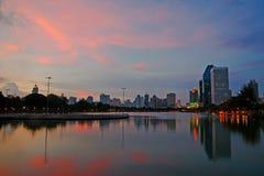 微明的Benjakitti公园在曼谷 库存照片