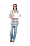 微笑与一个空白纸的偶然女孩 库存照片