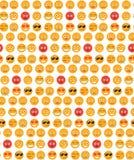 微笑无缝的样式 情感背景 黄色圆的情感微笑无缝的纹理 也corel凹道例证向量 免版税图库摄影