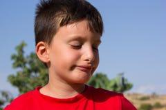 微笑没有牙的孩子 免版税库存图片
